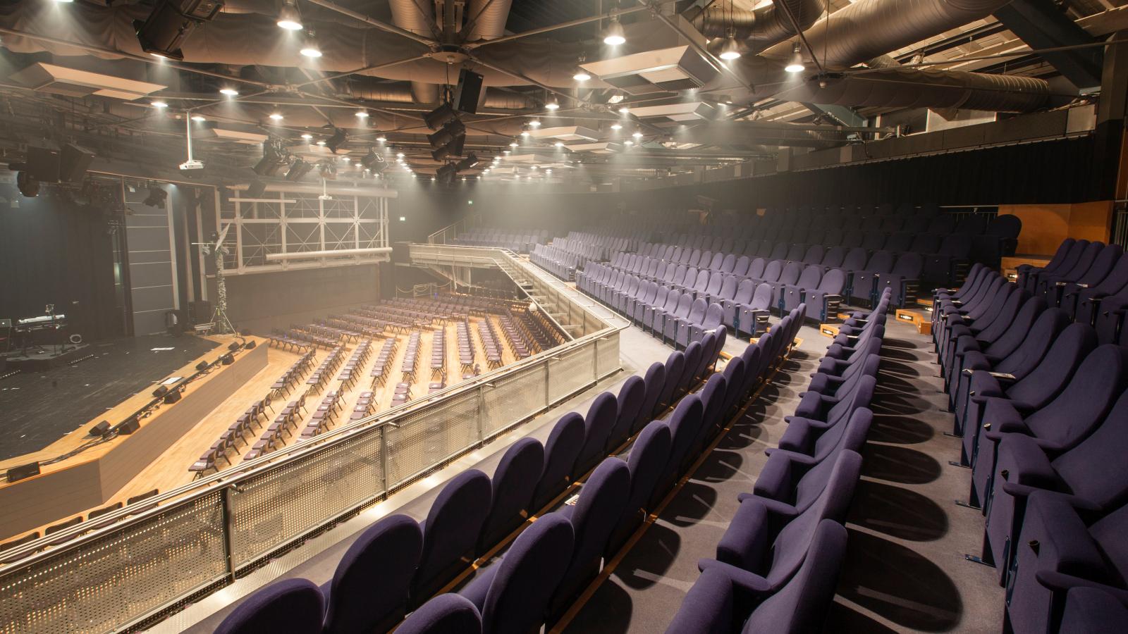 Stadthalle Alsdorf – Der Saal